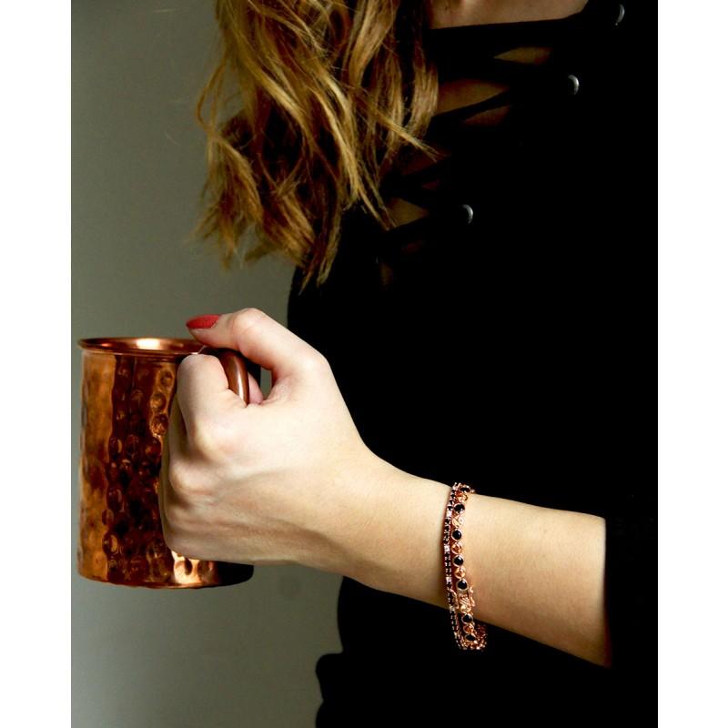 Madeleine - rose Armband schwarz champagner am Handgelenk